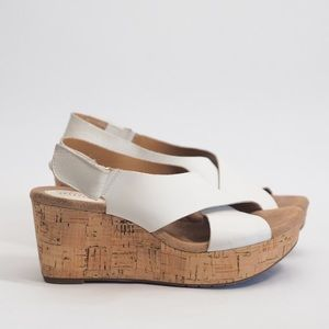 CLARKS|| white leather strap cork wedges